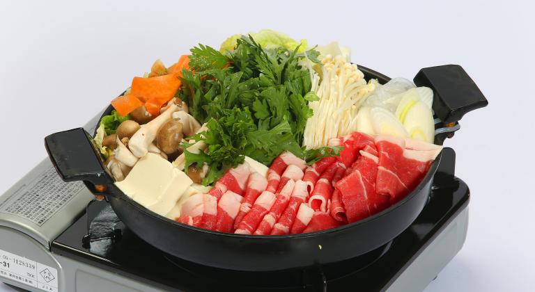 グレードアップ夕食一例(すき焼き鍋)