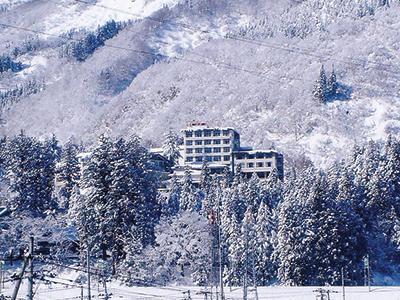 雪国の宿 高半