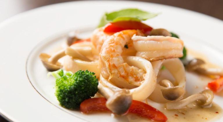 グレードアップ夕食の洋食コース一例