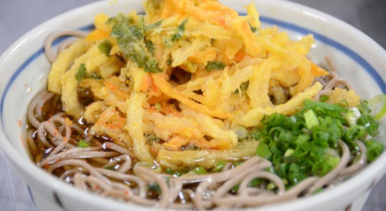 夕食一例(信州そば)