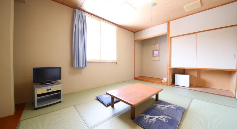 西館・和室一例