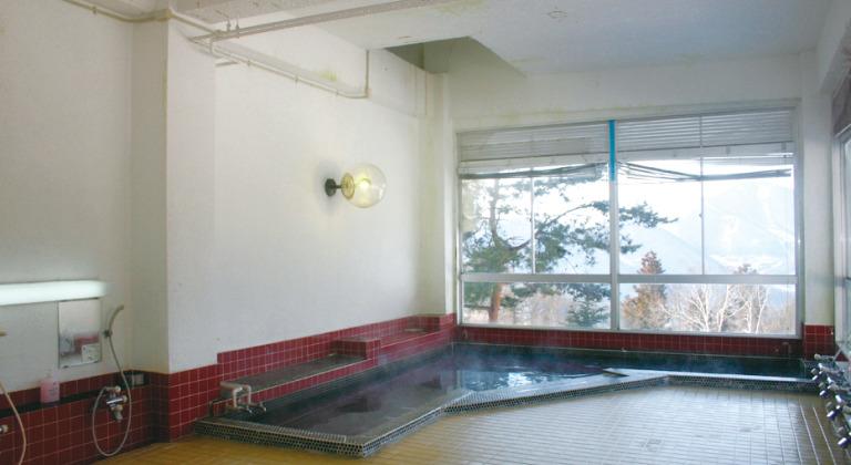 西館・大浴場